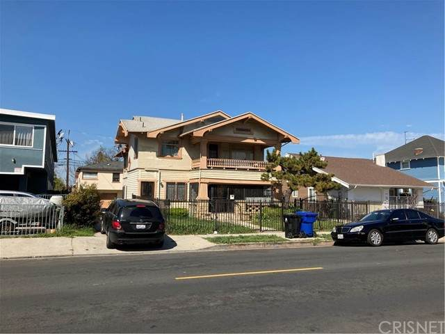 2015 2017 6 Th Ave, Los Angeles (City), CA 90018 (#SR21104437) :: Necol Realty Group