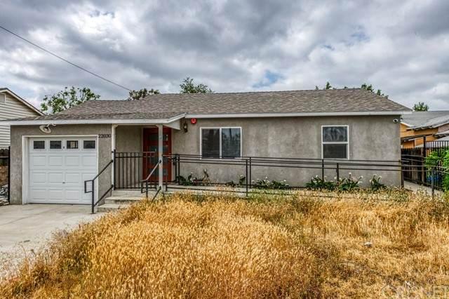22030 Saticoy Street, Canoga Park, CA 91303 (#SR21104397) :: Mint Real Estate