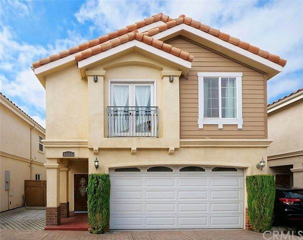 13747 Cordary Avenue, Hawthorne, CA 90250 (#PW21104671) :: Berkshire Hathaway HomeServices California Properties