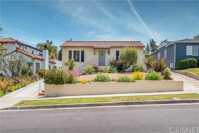 10516 Clarkson Road, Los Angeles (City), CA 90064 (#SR21099050) :: Compass