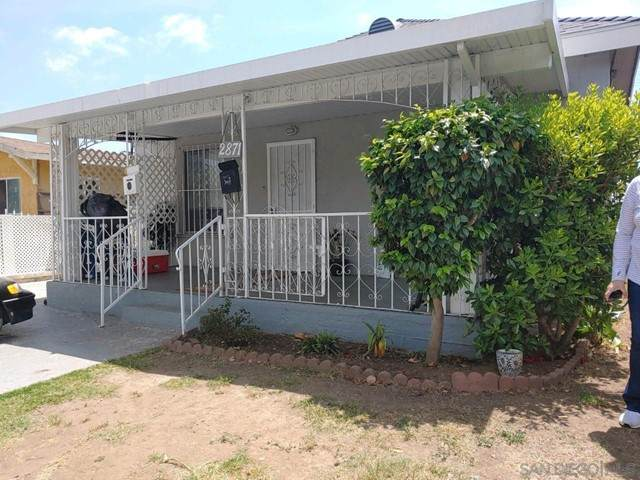 2869 71 Logan Avenue, San Diego, CA 92113 (#210013160) :: Rogers Realty Group/Berkshire Hathaway HomeServices California Properties