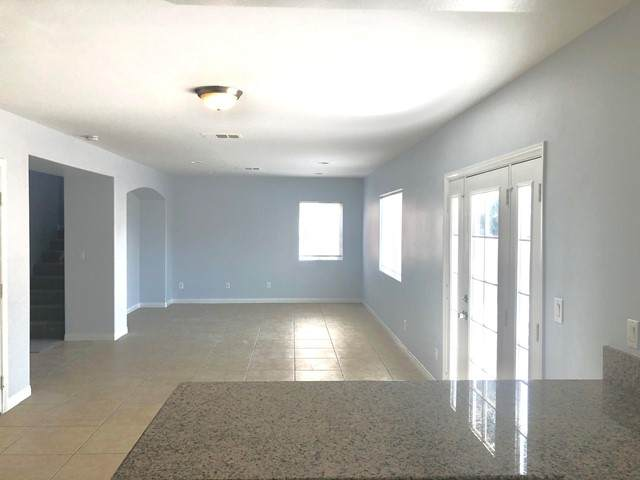 33113 Campus Lane, Cathedral City, CA 92234 (#219062116DA) :: Steele Canyon Realty