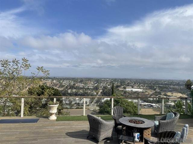 5688 Desert View Dr, La Jolla, CA 92037 (#210013208) :: Jett Real Estate Group
