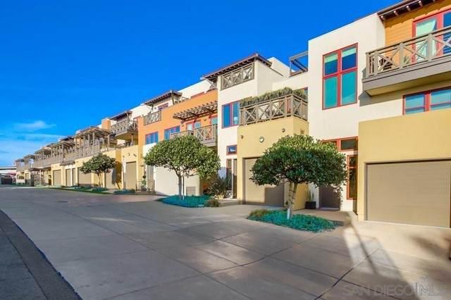 215 2nd Street #104, Encinitas, CA 92024 (#210013204) :: Jett Real Estate Group