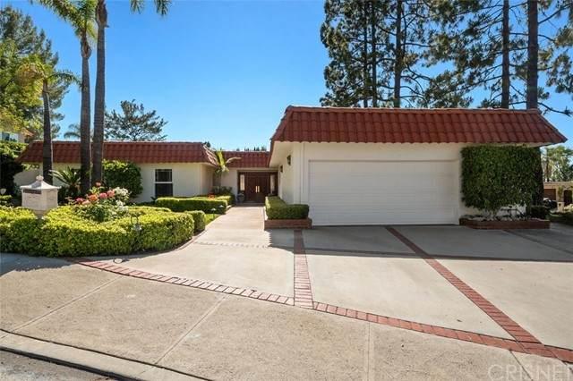 4833 Del Moreno Drive, Woodland Hills, CA 91364 (#SR21101326) :: Steele Canyon Realty