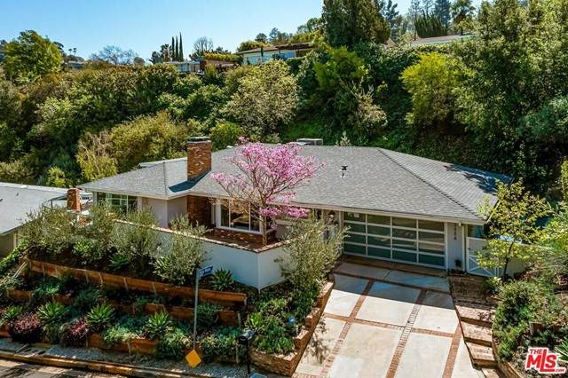 3558 Vista Haven Road, Sherman Oaks, CA 91403 (#21732562) :: Rogers Realty Group/Berkshire Hathaway HomeServices California Properties