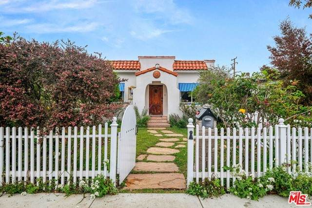 4260 Mcconnell Boulevard, Culver City, CA 90066 (#21732780) :: Steele Canyon Realty