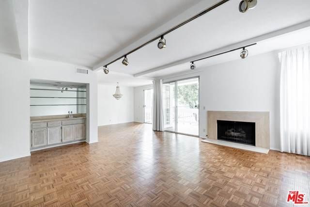 4346 Redwood Avenue 101A, Marina Del Rey, CA 90292 (#21730894) :: Jett Real Estate Group