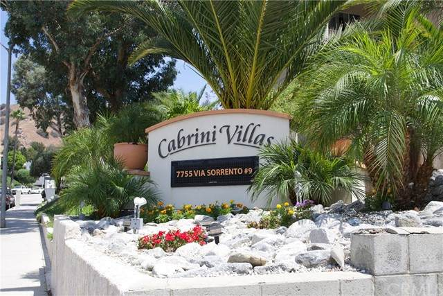 7774 Via Catalina, Burbank, CA 91504 (#BB21105435) :: The Parsons Team