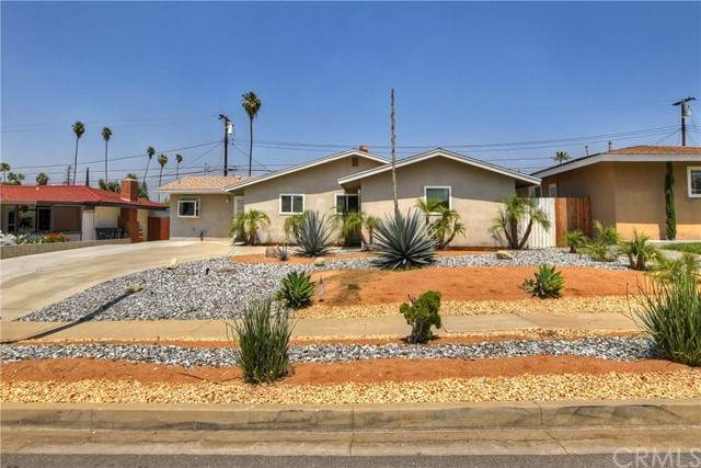 15 Brookdale Drive, Redlands, CA 92373 (#EV21097642) :: The Alvarado Brothers