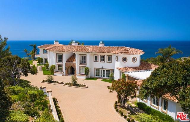 32453 Pacific Coast Highway, Malibu, CA 90265 (#21733000) :: Rogers Realty Group/Berkshire Hathaway HomeServices California Properties