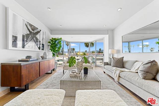 515 Ocean Avenue 603N, Santa Monica, CA 90402 (#21732946) :: Rogers Realty Group/Berkshire Hathaway HomeServices California Properties