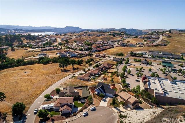 3665 Persimmon Place, Paso Robles, CA 93446 (MLS #NS21105169) :: CARLILE Realty & Lending