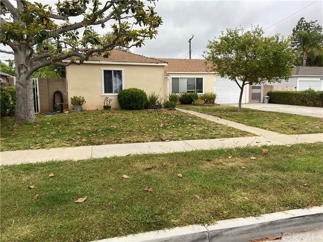 950 Oak Street, Costa Mesa, CA 92627 (#PW21102466) :: Zen Ziejewski and Team