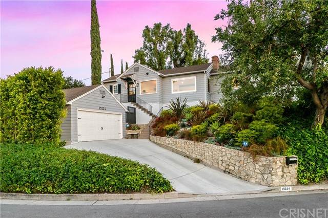 15224 Del Gado Drive, Sherman Oaks, CA 91403 (#SR21103960) :: Rogers Realty Group/Berkshire Hathaway HomeServices California Properties