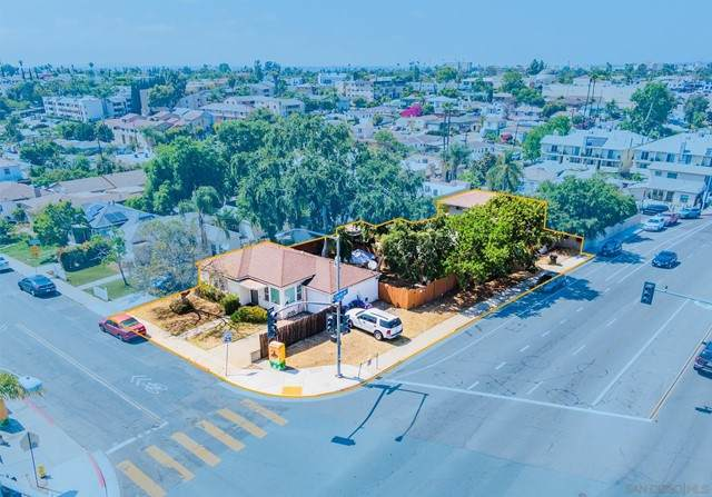 6098 Adelaide Avenue, San Diego, CA 92115 (#210013253) :: Rogers Realty Group/Berkshire Hathaway HomeServices California Properties