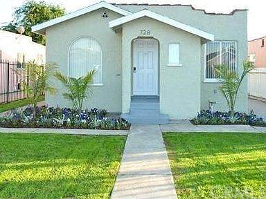 728 Stepney Place, Inglewood, CA 90302 (#OC21105841) :: Rogers Realty Group/Berkshire Hathaway HomeServices California Properties