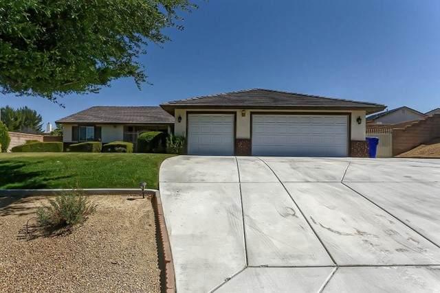 17822 Branding Iron Road, Apple Valley, CA 92307 (#535221) :: Berkshire Hathaway HomeServices California Properties