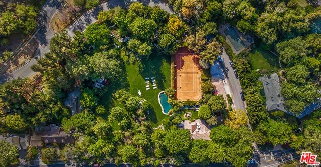 2383 Mandeville Canyon Road, Los Angeles (City), CA 90049 (#21731568) :: Mint Real Estate