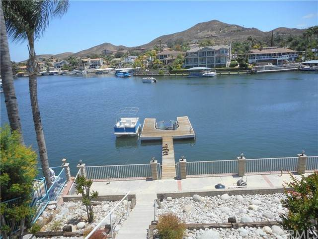 30296 Clear Water Drive, Canyon Lake, CA 92587 (#IV21098453) :: Millman Team