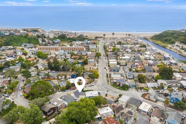 219 Aptos Beach Drive, Aptos, CA 95003 (#ML81843786) :: Millman Team