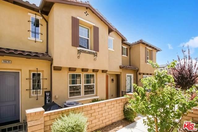 28633 Jardineras Drive, Santa Clarita, CA 91354 (#21730826) :: Powerhouse Real Estate
