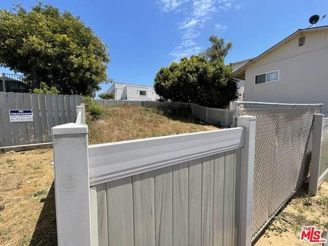 101 S Horne Street, Oceanside, CA 92054 (#21733864) :: Millman Team