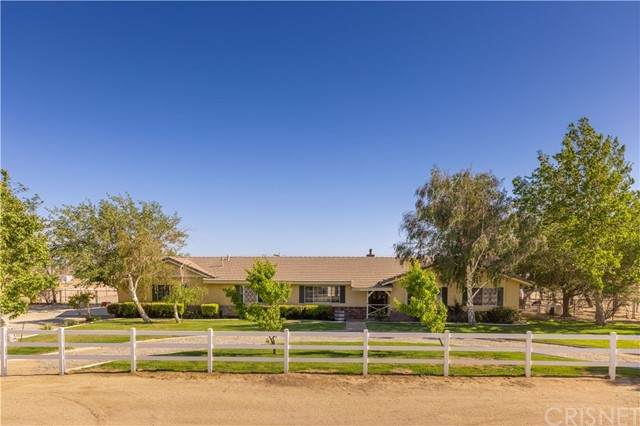8316 W Avenue C14, Antelope Acres, CA 93536 (#SR21106875) :: Millman Team