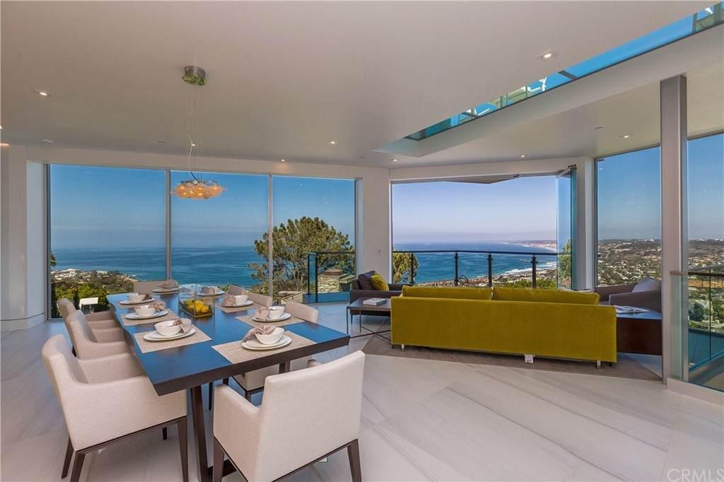 7430 Hillside Drive, La Jolla, CA 92037 (#OC21106899) :: Zember Realty Group
