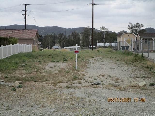 18549 Arrowhead Boulevard - Photo 1
