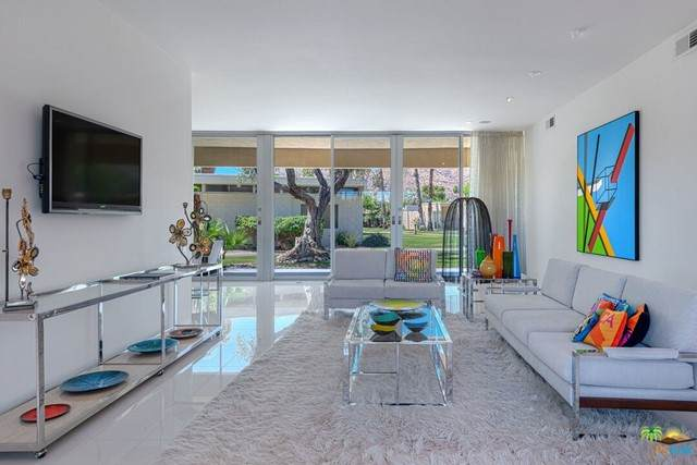 318 Desert Lakes Drive, Palm Springs, CA 92264 (#21733720) :: Wahba Group Real Estate | Keller Williams Irvine
