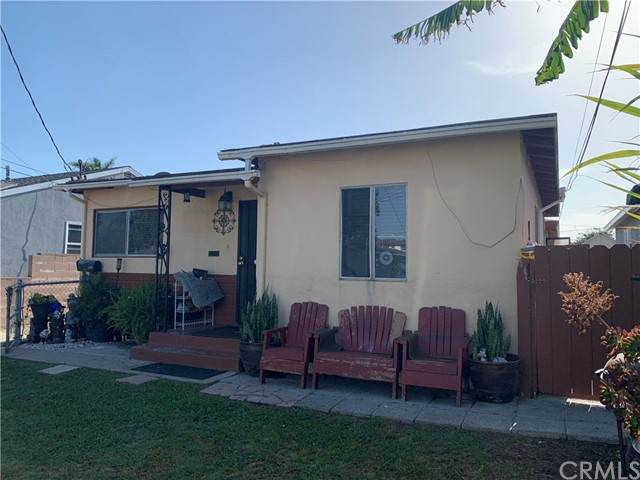 1331 Ronan Avenue, Wilmington, CA 90744 (#SB21109078) :: Zember Realty Group