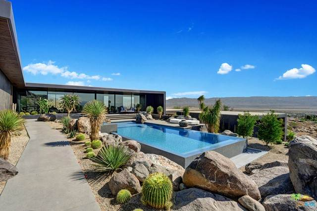2278 City View Drive, Palm Springs, CA 92262 (#21733450) :: Swack Real Estate Group | Keller Williams Realty Central Coast