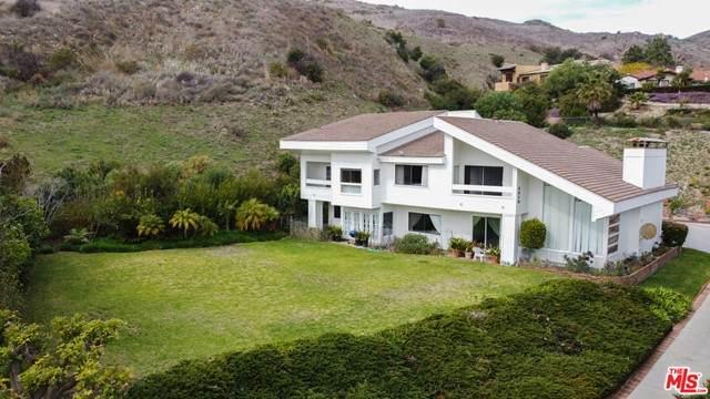 3619 Malibu Country Drive - Photo 1
