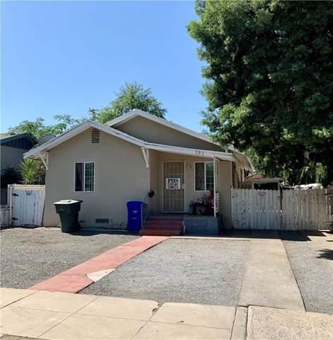 303 W Belleview Avenue, Porterville, CA 93257 (#DW21108521) :: Robyn Icenhower & Associates