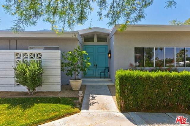 353 E Avenida Granada, Palm Springs, CA 92264 (#21735282) :: Robyn Icenhower & Associates