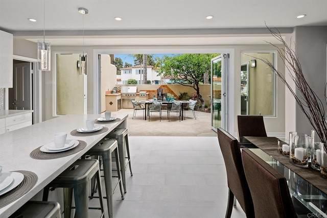 1725 Monterey Avenue, Coronado, CA 92118 (#PTP2103518) :: Berkshire Hathaway HomeServices California Properties