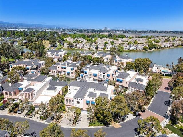 845 Lakeshore Drive, Redwood City, CA 94065 (#ML81845364) :: Team Forss Realty Group
