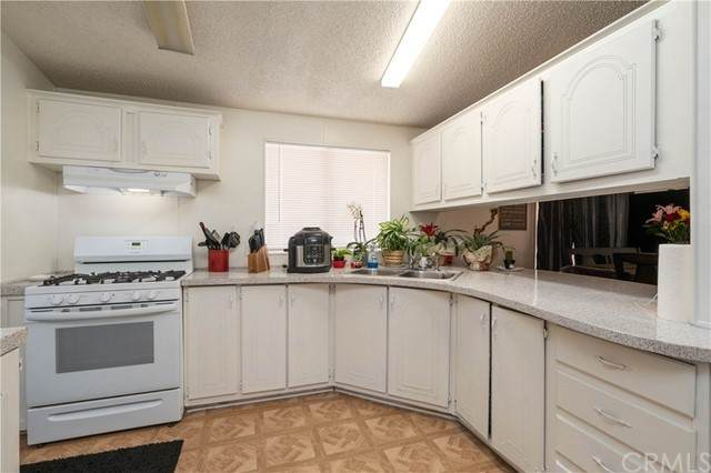 2494 W Main Street #102, Barstow, CA 92311 (#WS21098861) :: The Marelly Group | Sentry Residential