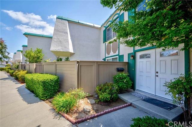 8241 Henderson, Buena Park, CA 90621 (#PW21109542) :: Zember Realty Group