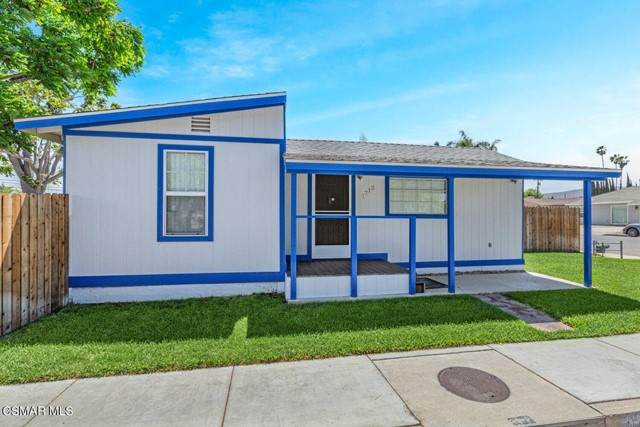 1712 5th Street, Simi Valley, CA 93065 (#221002804) :: Zember Realty Group