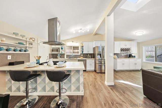 2755 Amulet St, San Diego, CA 92123 (#210014077) :: Wahba Group Real Estate | Keller Williams Irvine