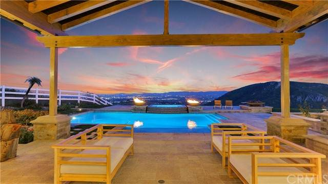 126 Dapplegray Road, Bell Canyon, CA 91307 (#BB21112034) :: Legacy 15 Real Estate Brokers