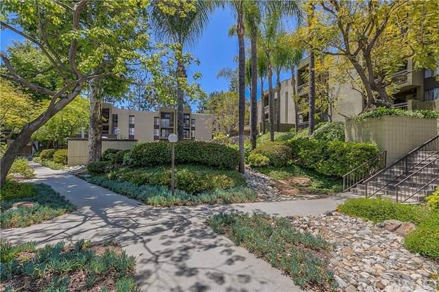 805 Temple Terrace #306, Monterey Hills, CA 90042 (#SR21104704) :: Berkshire Hathaway HomeServices California Properties