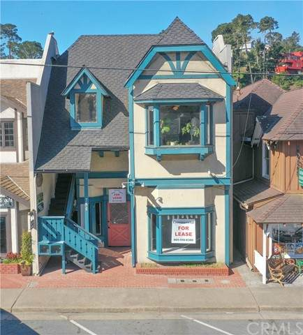 784 Main Street, Cambria, CA 93428 (#SC21110904) :: The M&M Team Realty