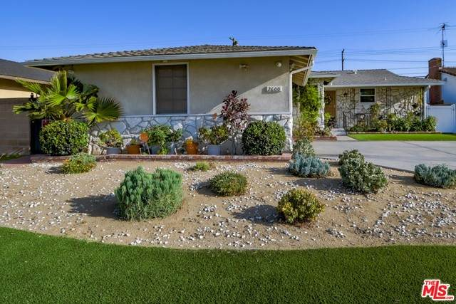 2600 W 134Th Place, Gardena, CA 90249 (MLS #21737108) :: Desert Area Homes For Sale