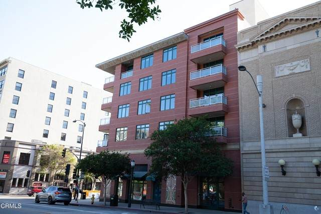 125 Raymond Avenue - Photo 1