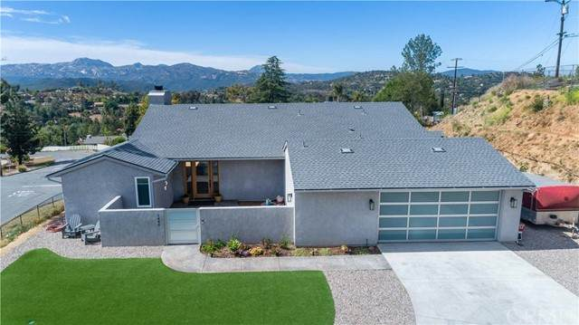 1840 Pine View Road, Alpine, CA 91901 (#SW21114994) :: Berkshire Hathaway HomeServices California Properties