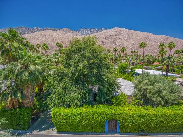 3 Pinto Road, Palm Springs, CA 92264 (#219062774PS) :: Steele Canyon Realty