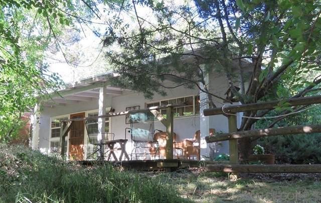 2325 Woodland Rd, Julian, CA 92036 (#210014631) :: Wahba Group Real Estate | Keller Williams Irvine